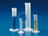 GRADUATED CYLINDERS AND CARAFES